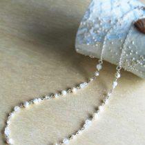 淡水パールxレインボームーンストーンの繊細ネックレス