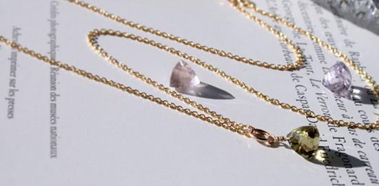 ふっくらピラミッドカット天然石ネックレス